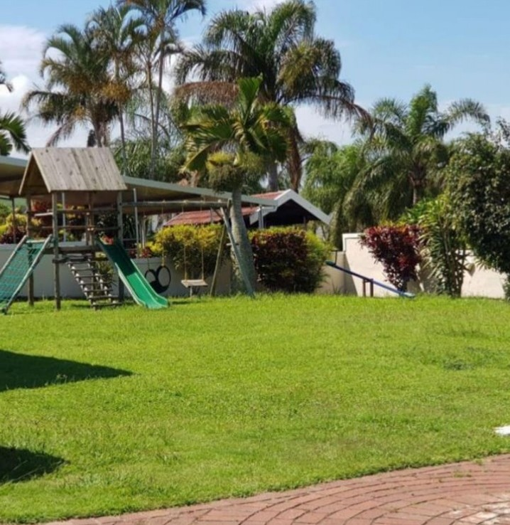 4 Bedroom   For Sale in Stanger Manor | 1323245 |  Photo Number 13