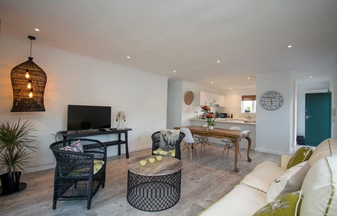 2 Bedroom   To Rent in Hout Bay   1323377    Photo Number 4