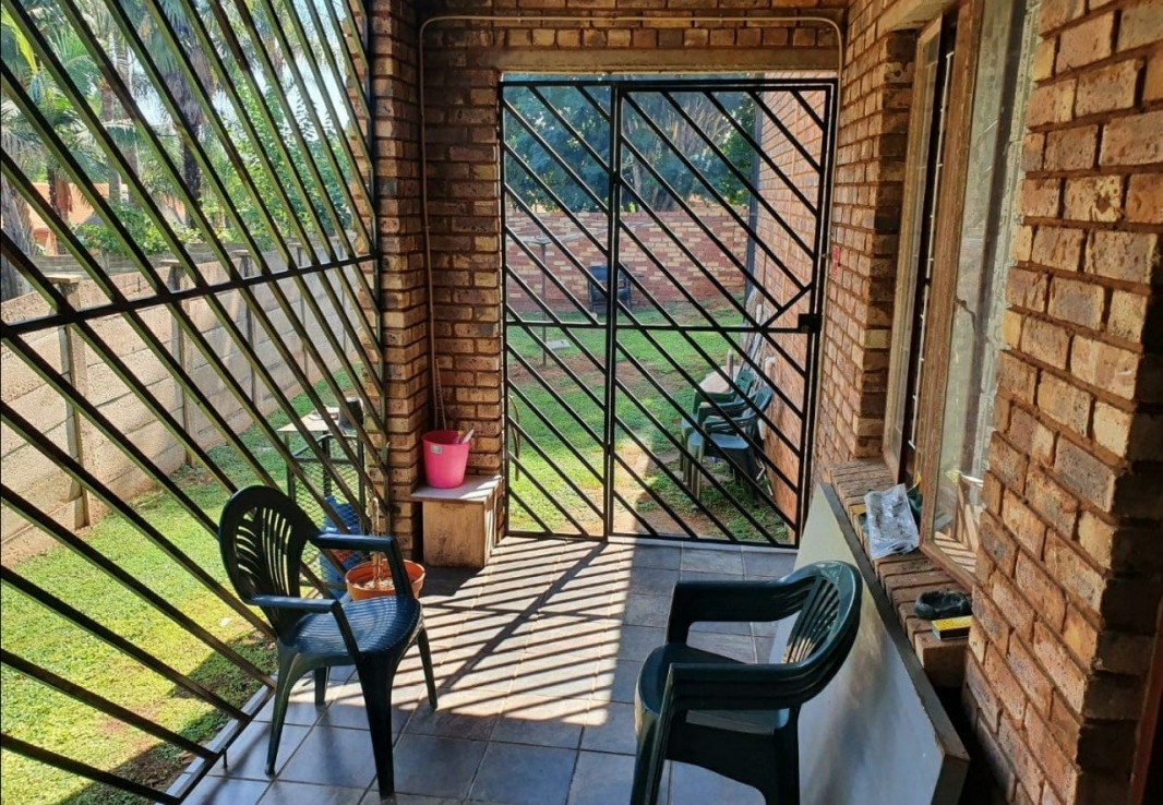 5 Bedroom   For Sale in Suiderberg | 1323519 |  Photo Number 17