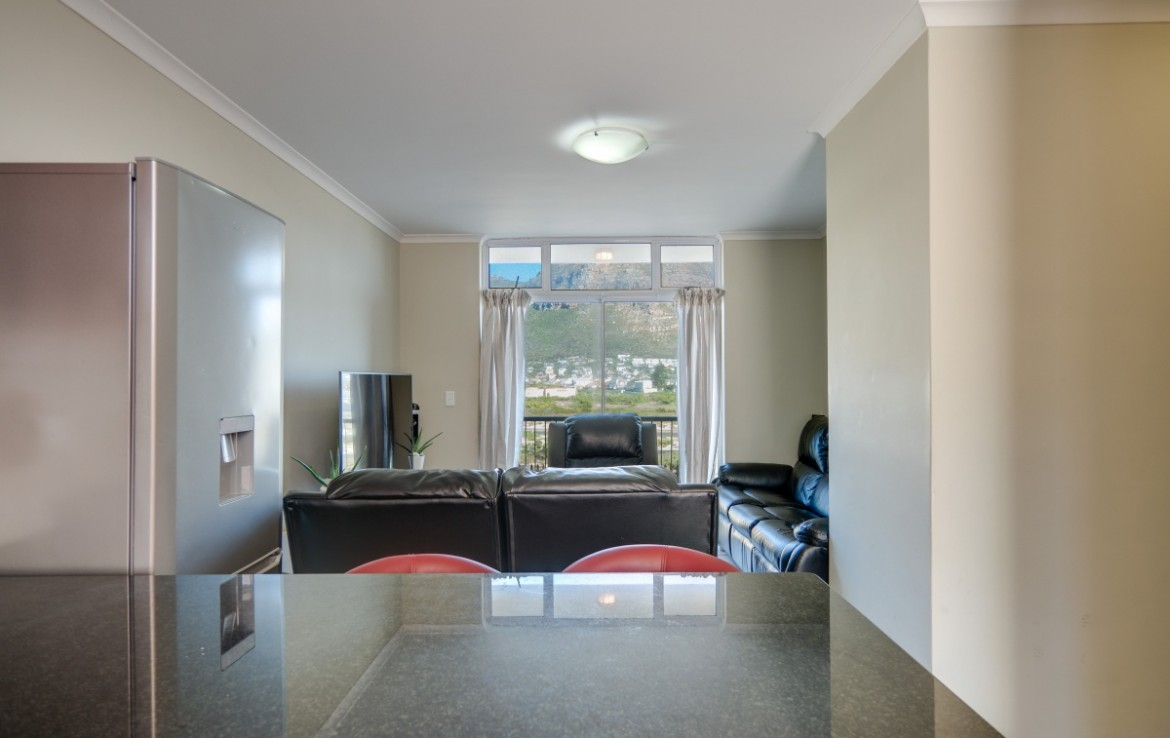 2 Bedroom   For Sale in Muizenberg   1323556    Photo Number 8