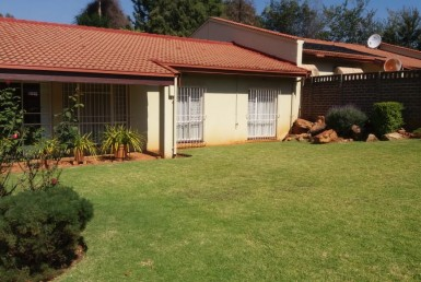3 Bedroom Townhouse  For Sale in Bruma   1324620   Property.CoZa
