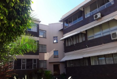 Apartment / Flat  For Sale in Bulwer | 1324981 | Property.CoZa