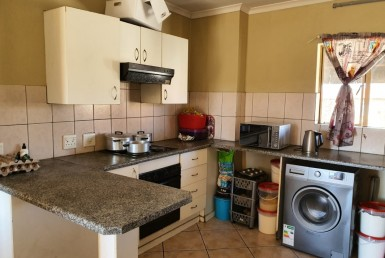 2 Bedroom Apartment / Flat  For Sale in Witfield | 1325264 | Property.CoZa