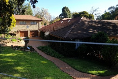 5 Bedroom House  To Rent in River Club   1325753   Property.CoZa