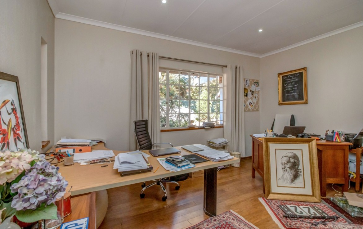 4 Bedroom   For Sale in Bryanston | 1326012 |  Photo Number 24