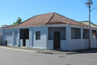 4 Bedroom House  For Sale in Athlone | 1326157 | Property.CoZa