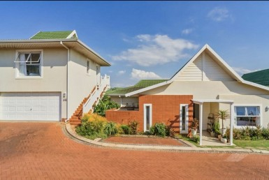3 Bedroom Townhouse  For Sale in Kindlewood Estate | 1326719 | Property.CoZa