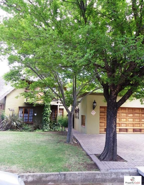 4 Bedroom   For Sale in Harrismith | 805031 |  Photo Number 14